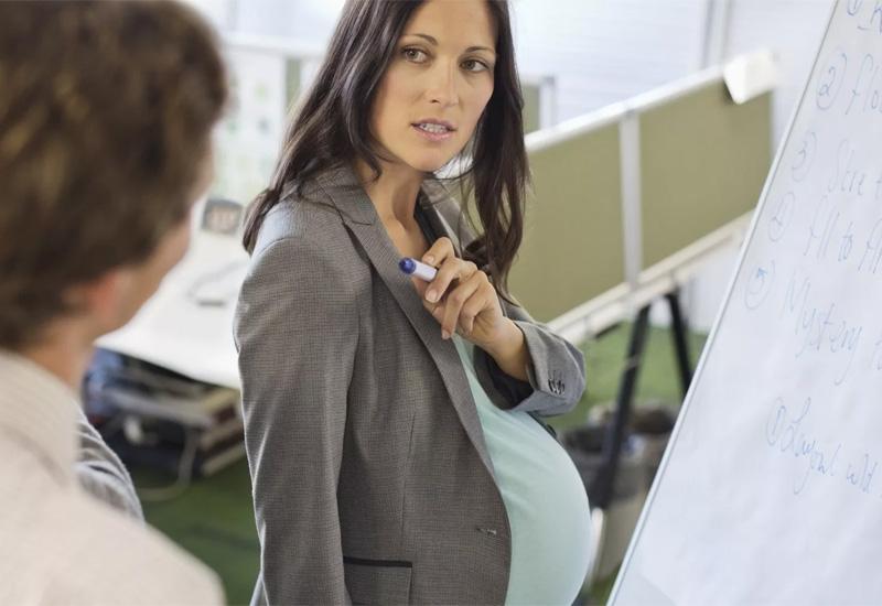 Допускается ли увольнение беременной женщины?